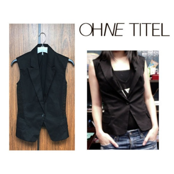 Ohne Titel Jackets & Blazers - NEW Ohne Titel (Size XS) Black Vest w/ Mesh Panels